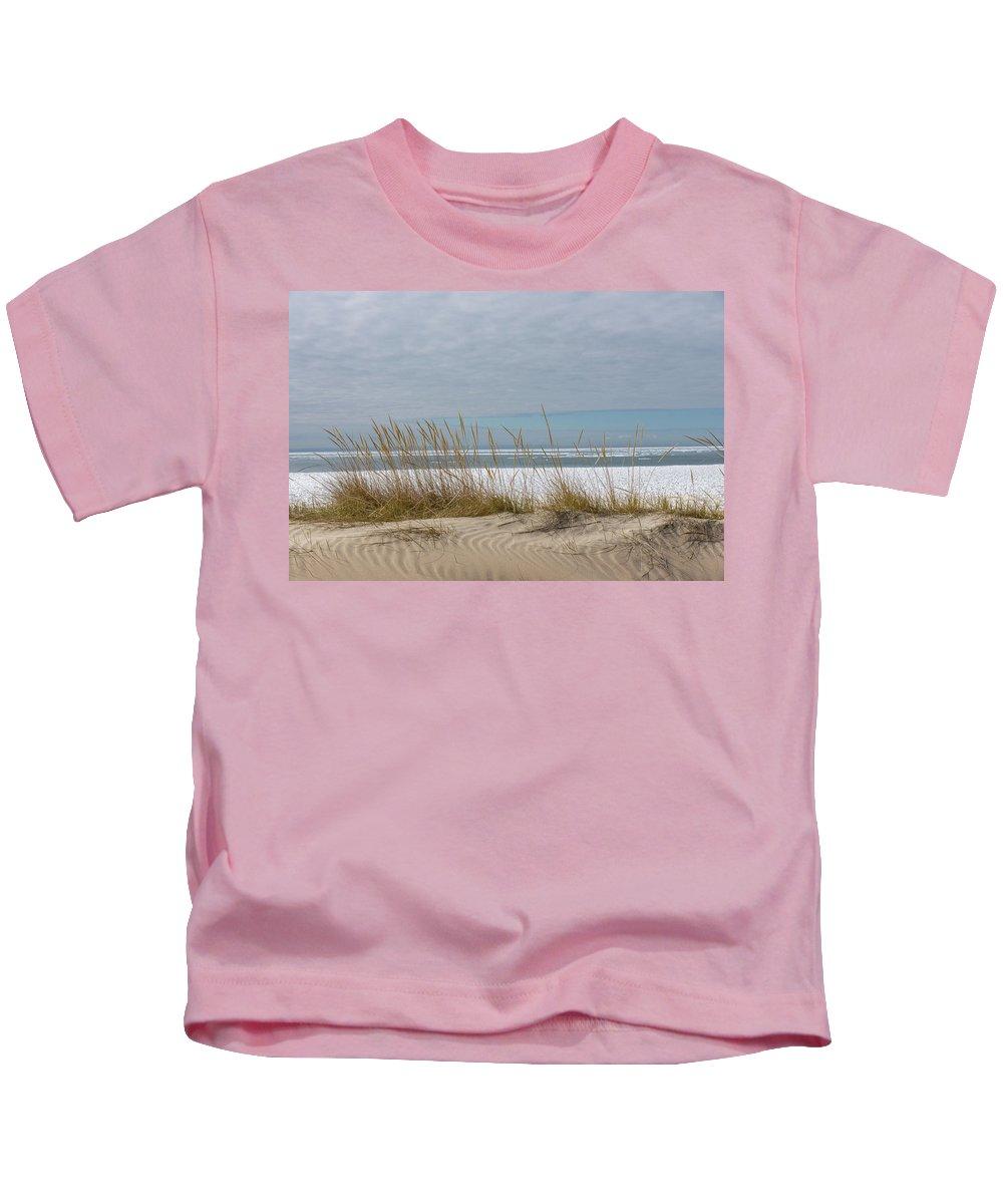 Georgia Mizuleva Kids T-Shirt featuring the photograph Lake Erie Ice Blanket With Sand Dunes And Dry Grass by Georgia Mizuleva