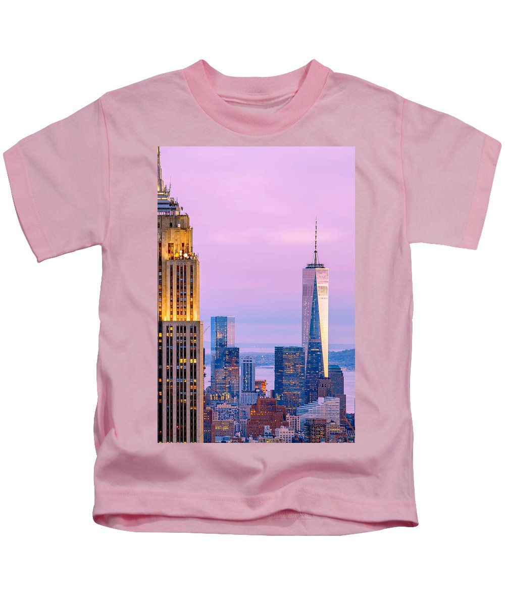 Empire State Building Kids T-Shirt featuring the photograph Manhattan Romance by Az Jackson