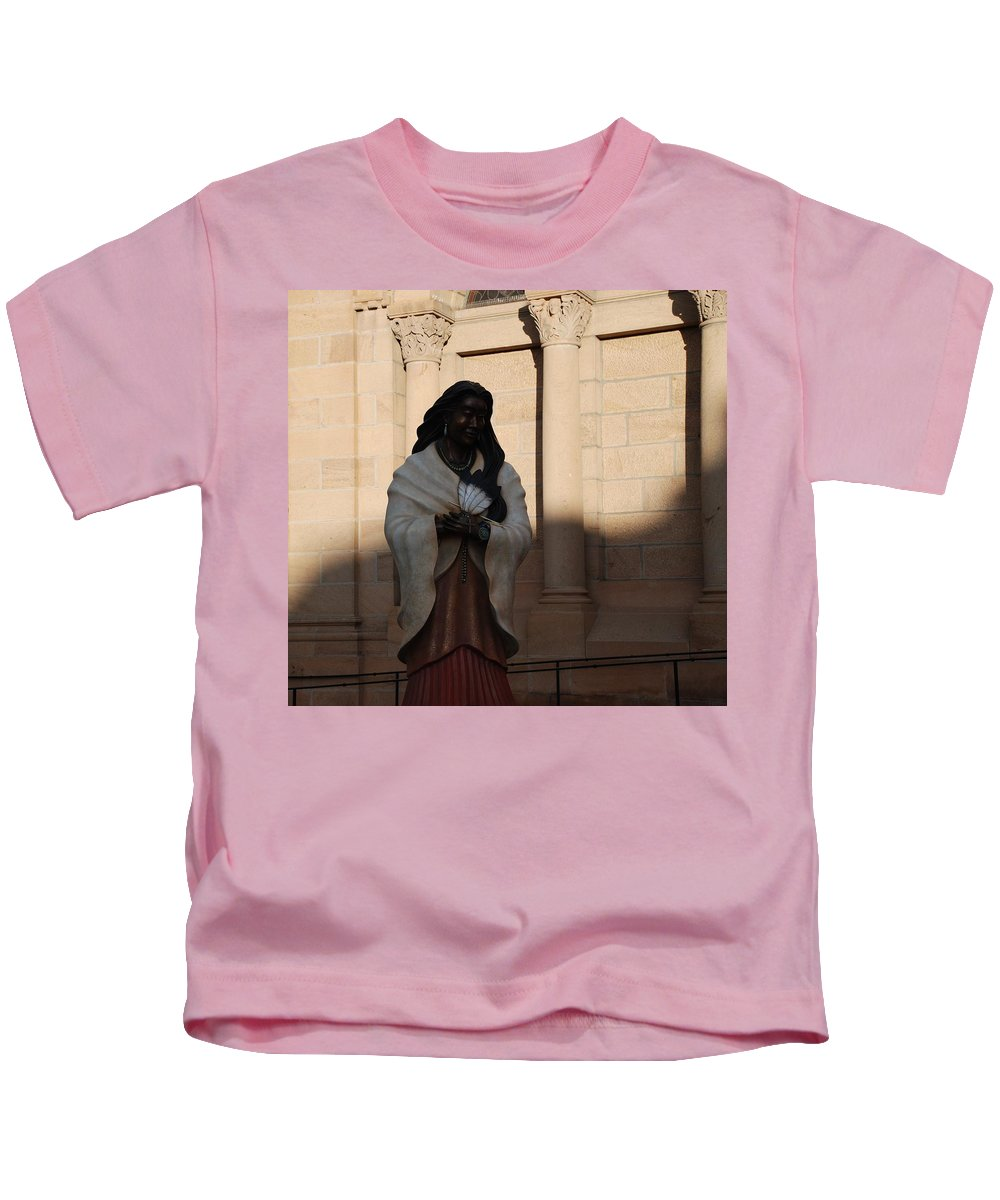 Sculpture Kids T-Shirt featuring the photograph Native American Saint by Rob Hans