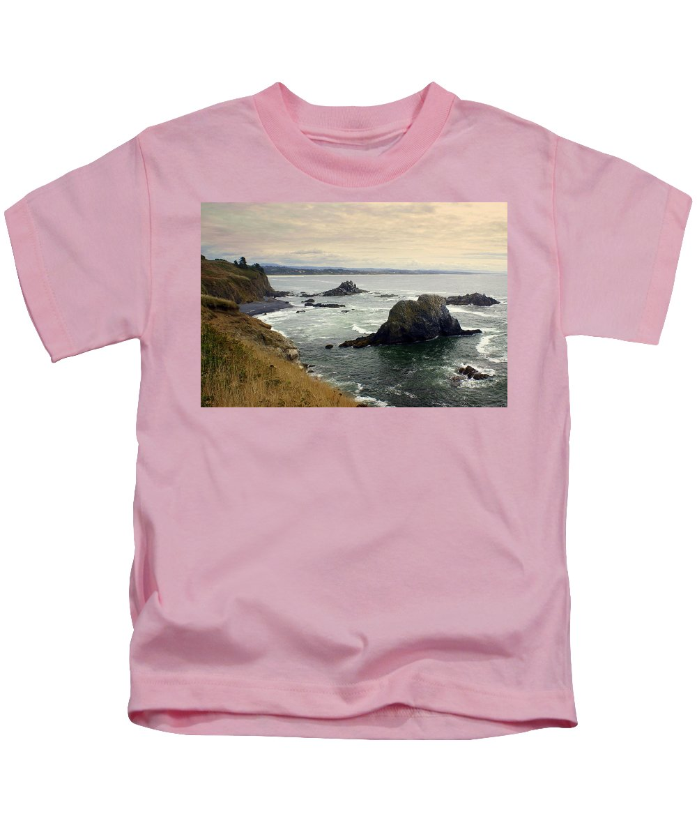 Ocean Kids T-Shirt featuring the photograph Oregon Coast 17 by Marty Koch
