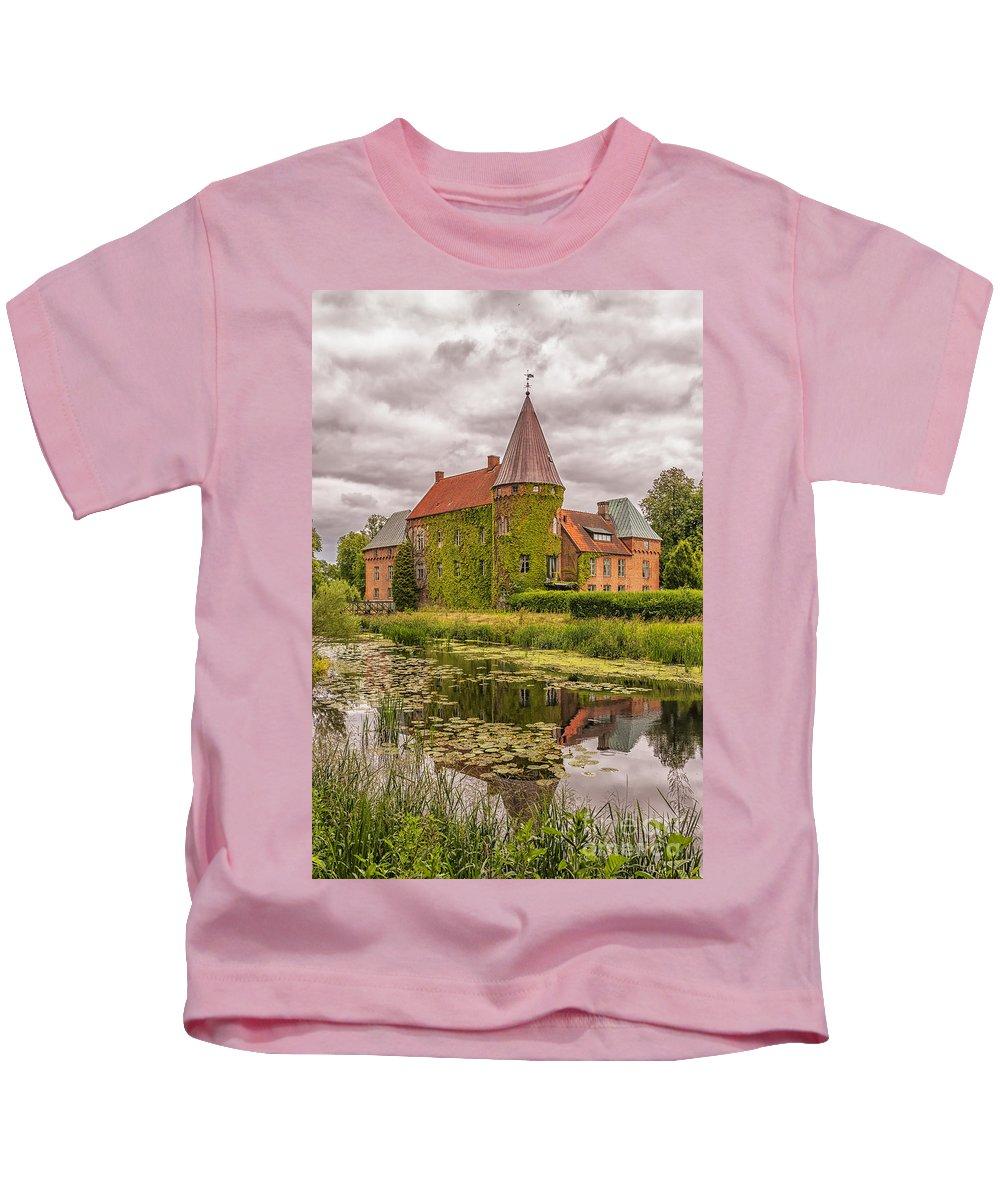 Ortofta Kids T-Shirt featuring the photograph Ortofta Slott by Antony McAulay