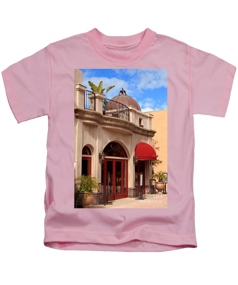 Quaint Kids T-Shirt featuring the photograph Restaurant In The Plaza by James Eddy