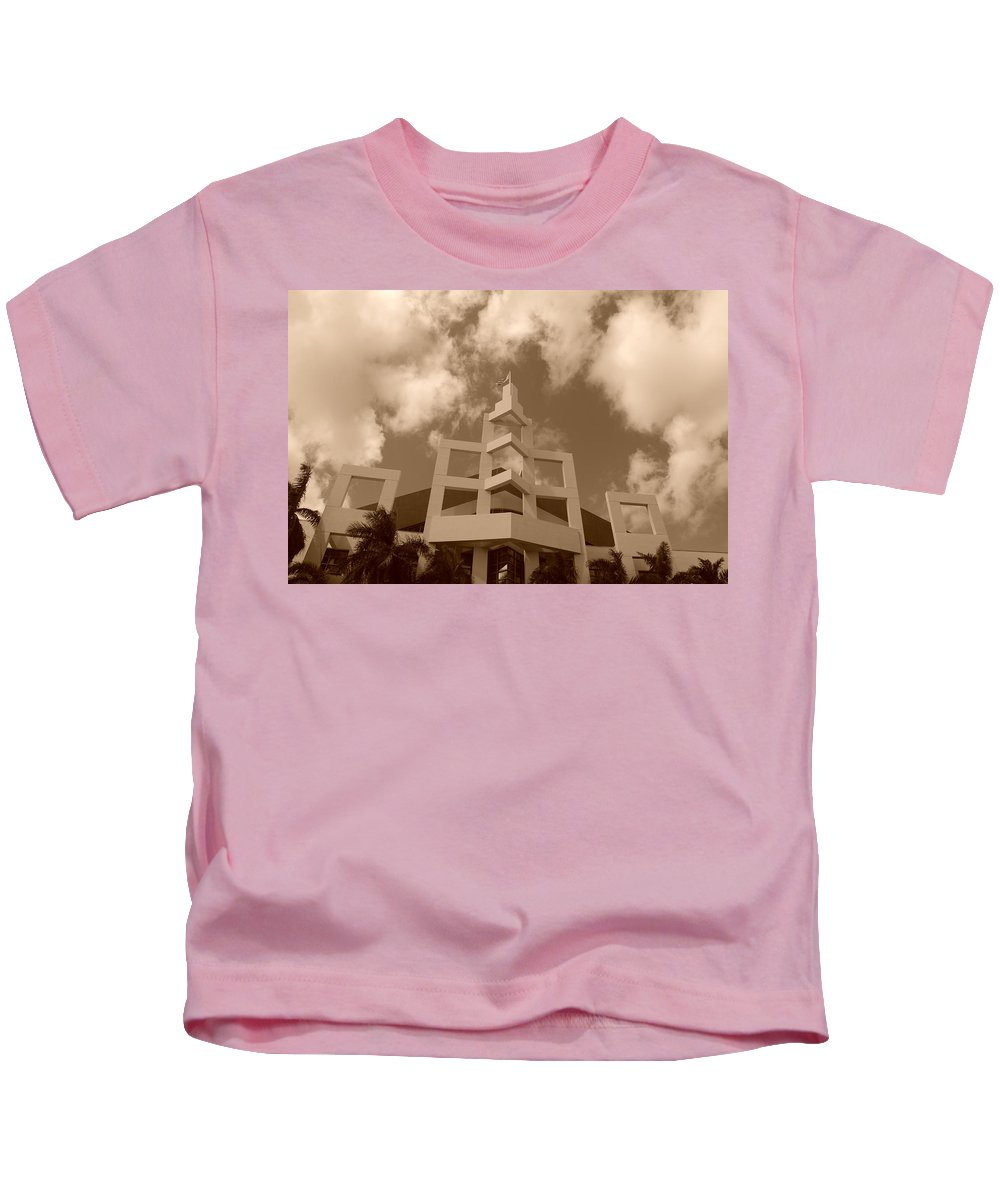 Architecture Kids T-Shirt featuring the photograph Squares In The Sky by Rob Hans