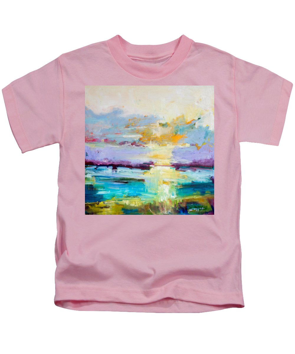 Abstract Kids T-Shirt featuring the painting Standing Ovation by Susan Scoggins