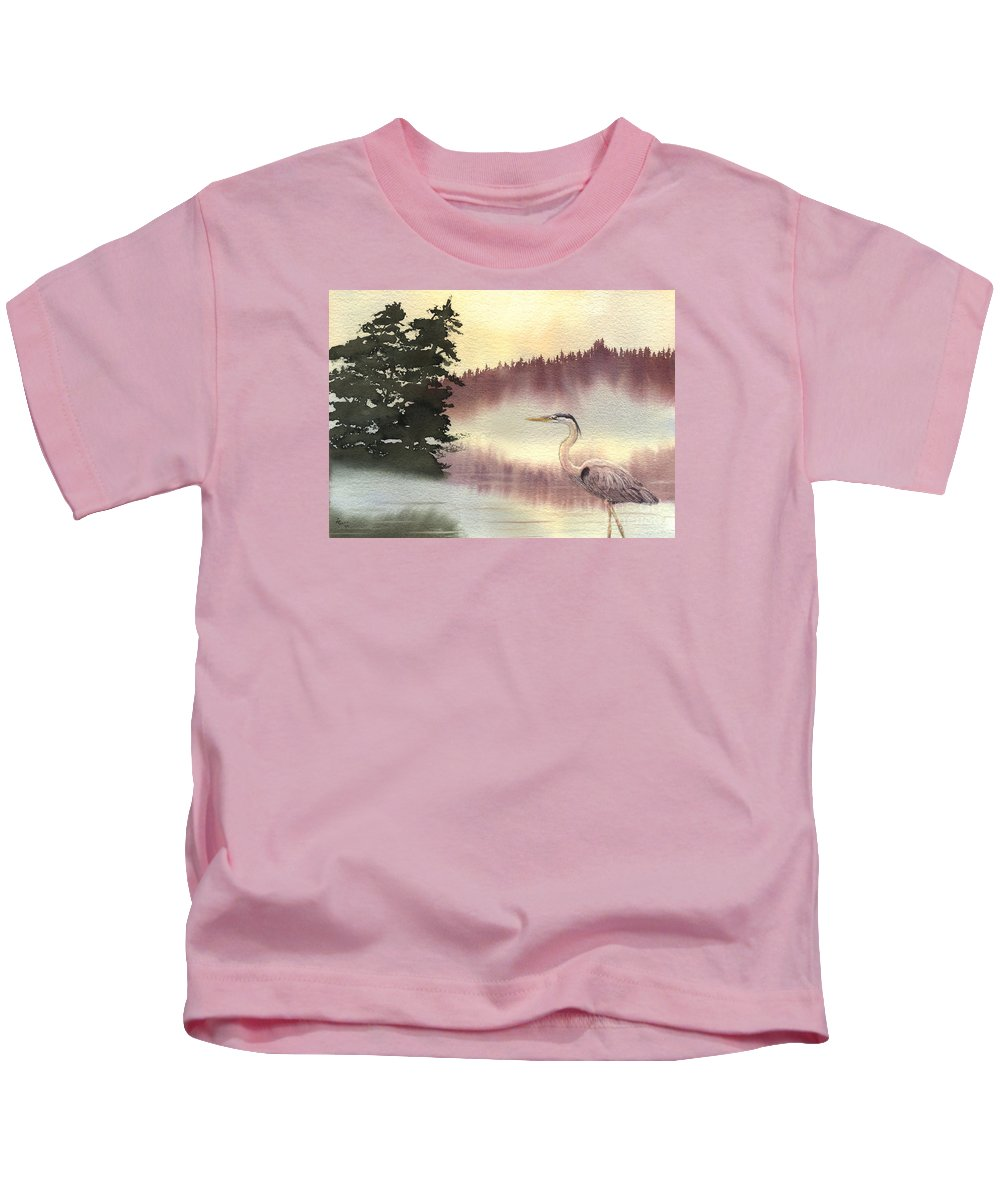 Heron Kids T-Shirt featuring the painting Surveyor Of The Morning by Lynn Quinn