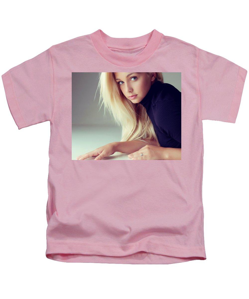Wallup 10 Kids T-Shirt featuring the digital art Wallup 18710023 by Rose Lynn