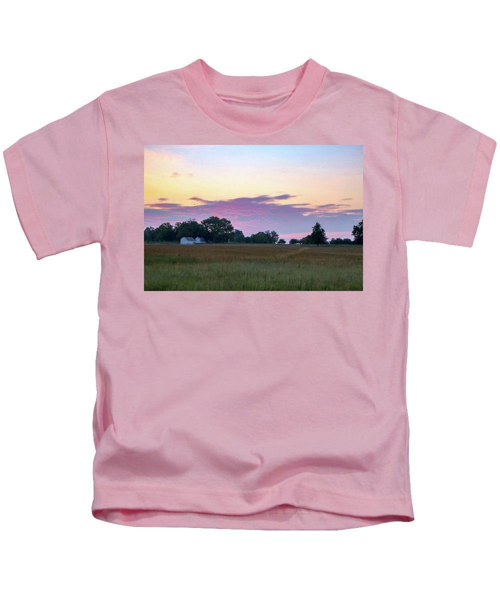 This Is A Photo Of The Beautiful Morning Skies On The Gettysburg Battlefield Kids T-Shirt featuring the photograph Morning Skies Over Gettysburg by William Rogers