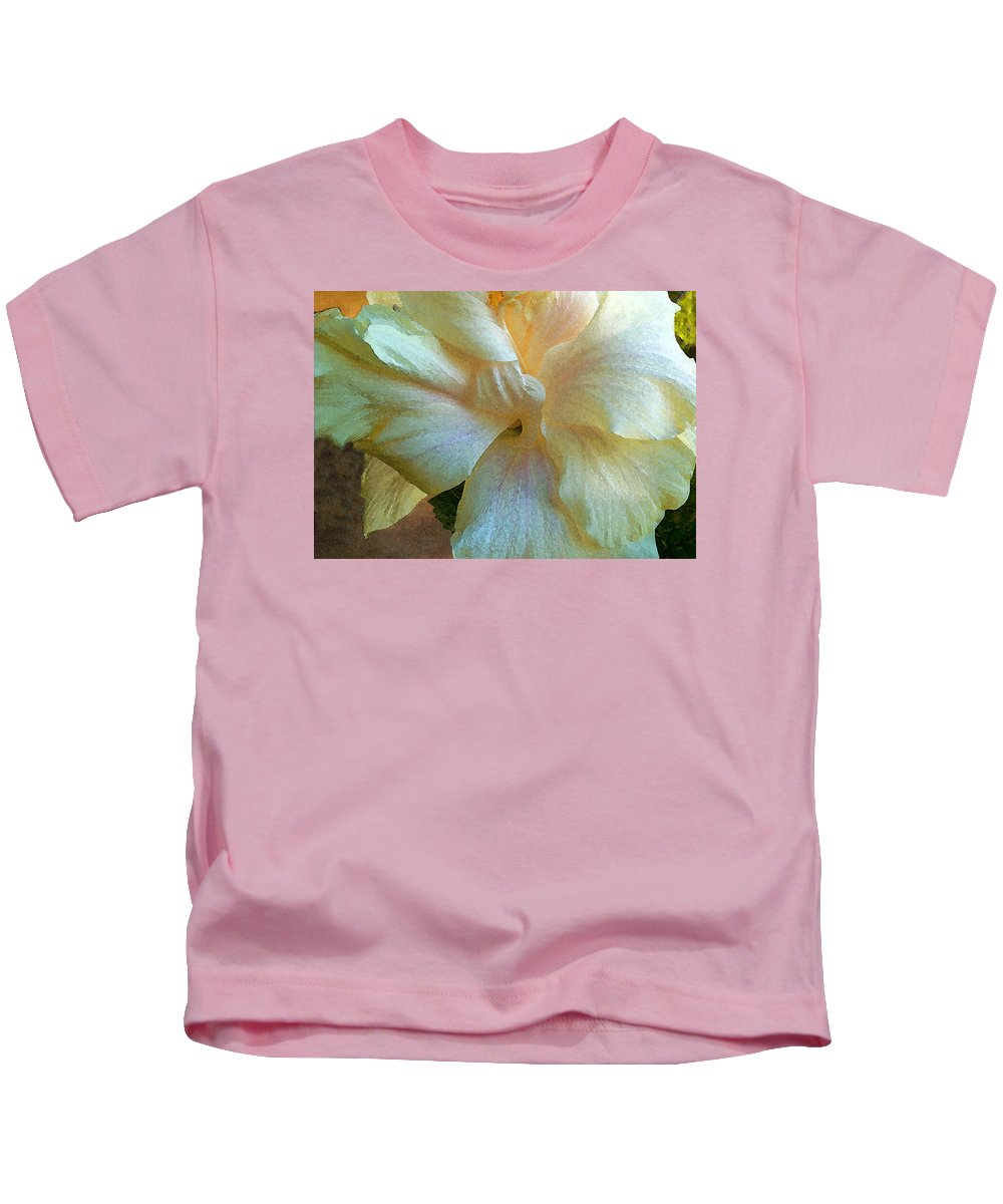 Hawaiian Flowers Kids T-Shirt featuring the photograph Evening Hibiscus by James Temple