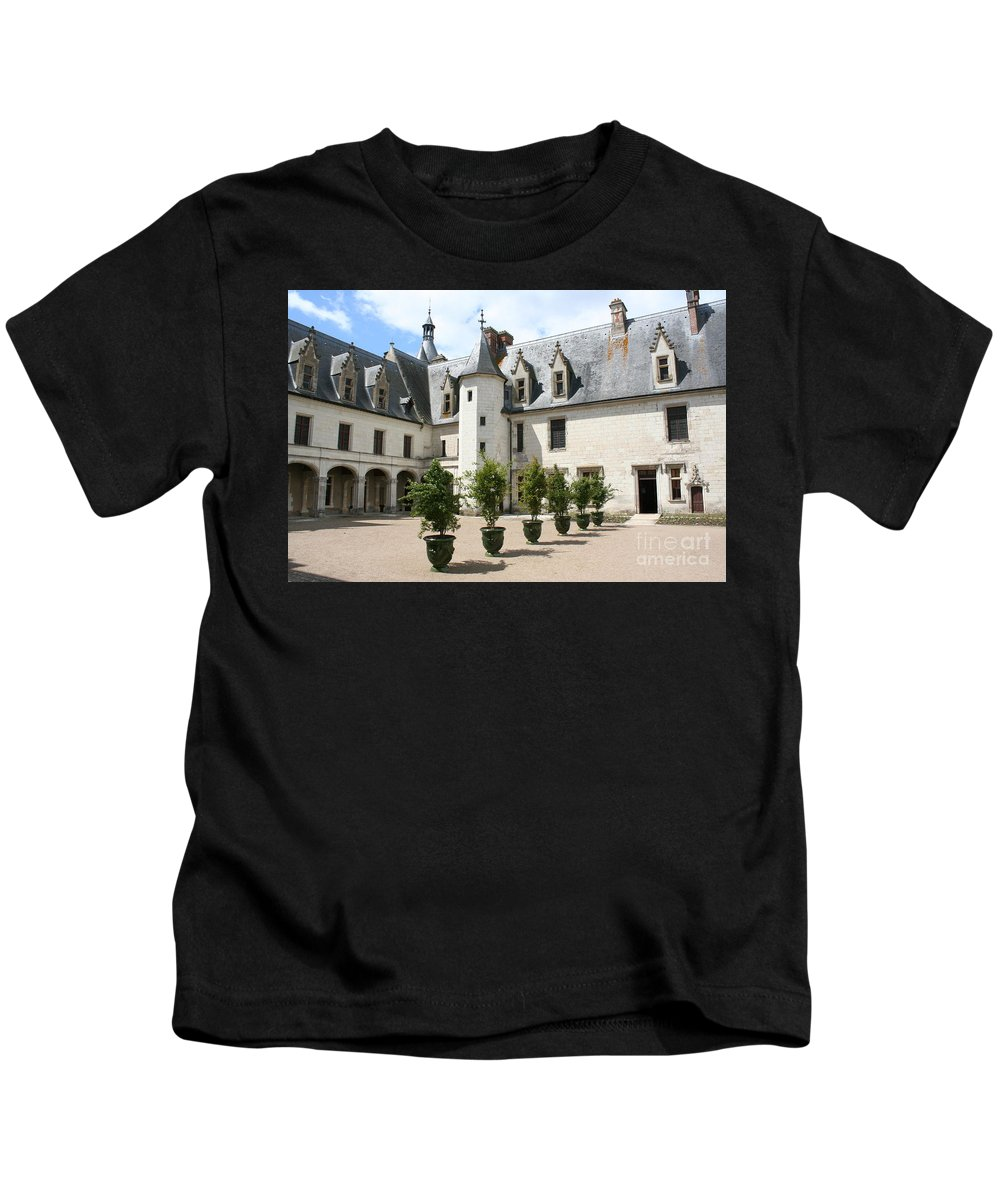 Palace Kids T-Shirt featuring the photograph Courtyard Chateau Chaumont by Christiane Schulze Art And Photography