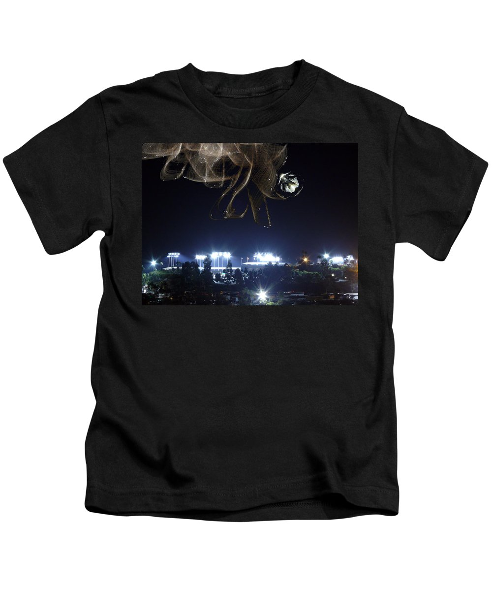 Chavez Ravine Kids T-Shirt featuring the photograph Fans From Space by Guillermo Rodriguez