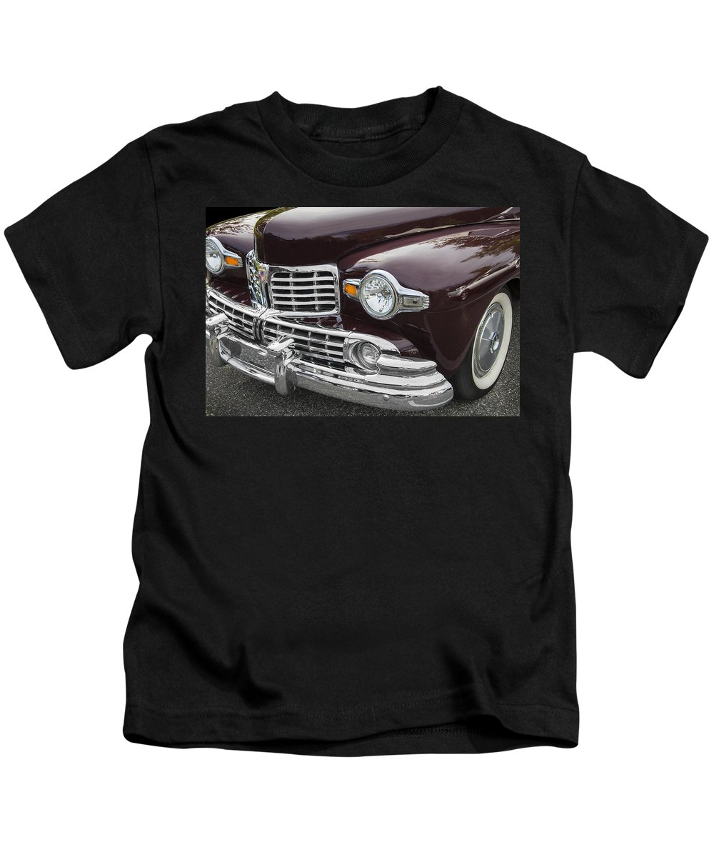 Lincoln Kids T-Shirt featuring the photograph 1947 Lincoln Continental by Rich Franco