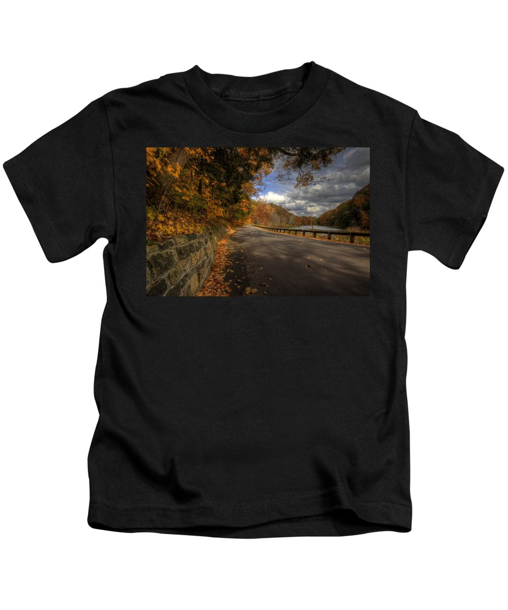 Mill Creek Park Kids T-Shirt featuring the photograph Mill Creek Park In Autumn by David Dufresne