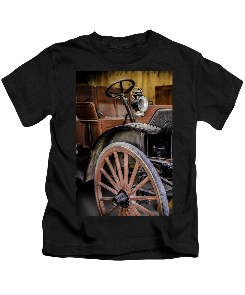 1909 Kids T-Shirt featuring the photograph 1909 Ihc by Lynn Sprowl