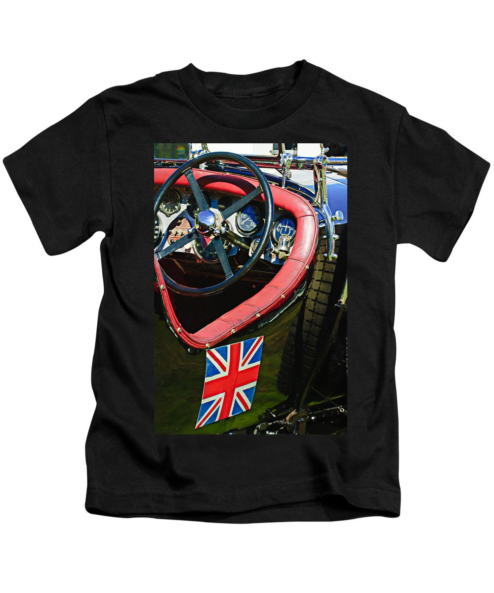 1931 Bentley 4.5 Liter Supercharged Le Mans Steering Wheel Kids T-Shirt featuring the photograph 1931 Bentley 4.5 Liter Supercharged Le Mans Steering Wheel -1255c by Jill Reger
