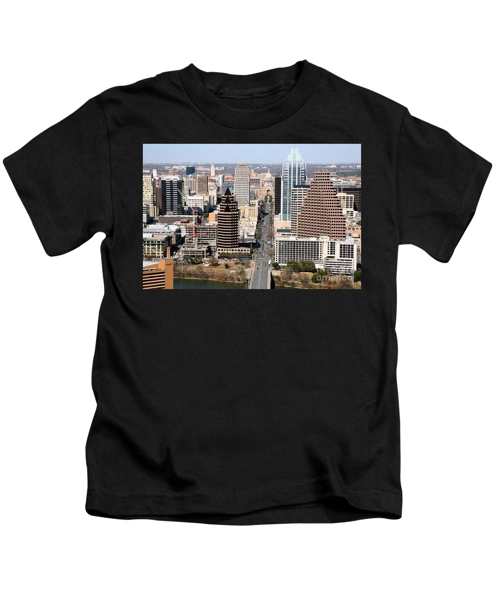 Capitol Building Kids T-Shirt featuring the photograph Congress Avenue by Bill Cobb