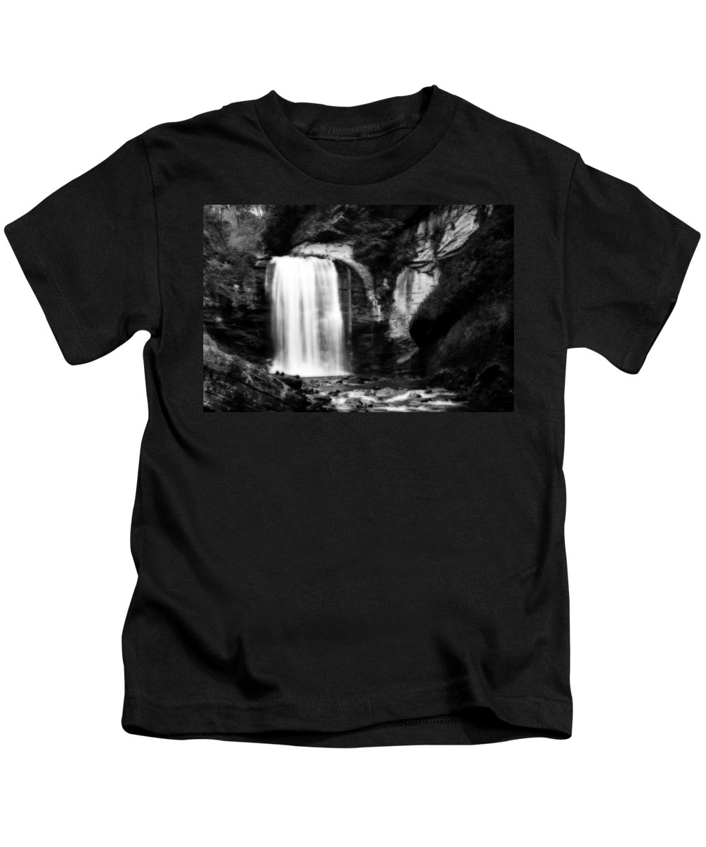 Looking Glass Falls Kids T-Shirt featuring the photograph Looking Glass Falls by Steven Richardson