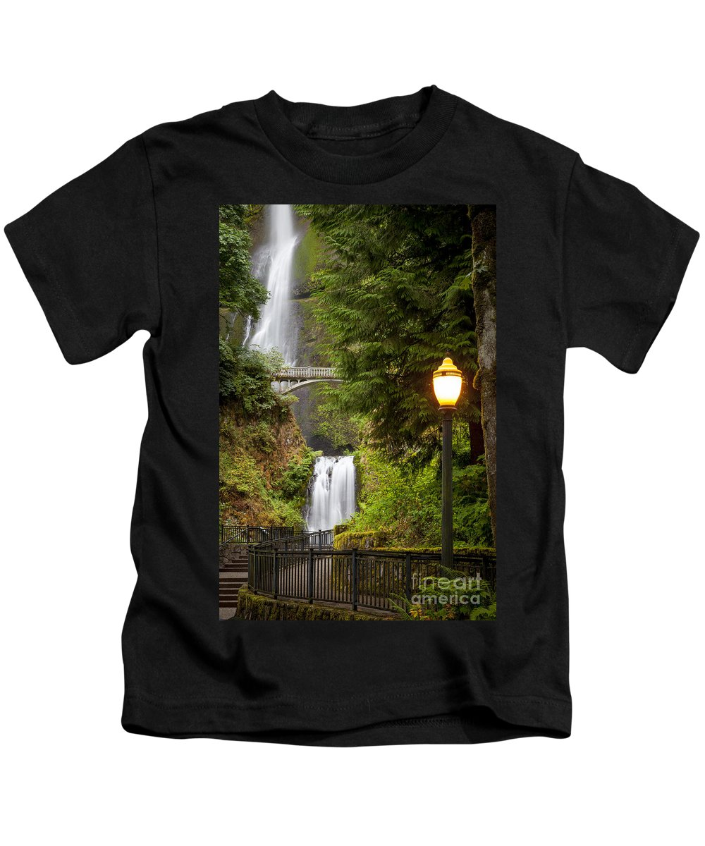 America Kids T-Shirt featuring the photograph Multnomah Falls by Brian Jannsen