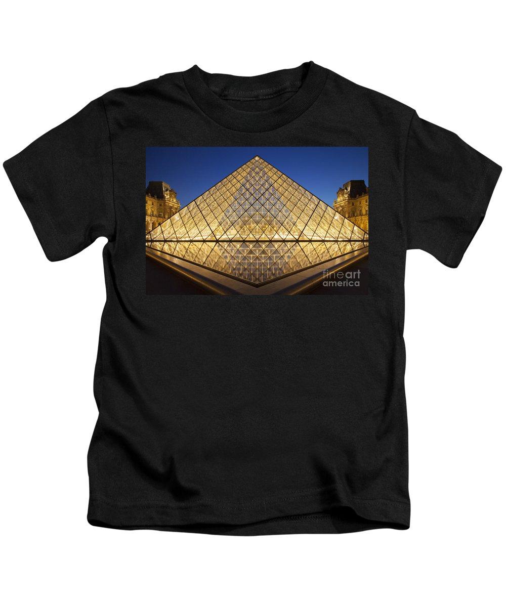 Butte Kids T-Shirt featuring the photograph Glass Pyramid by Brian Jannsen