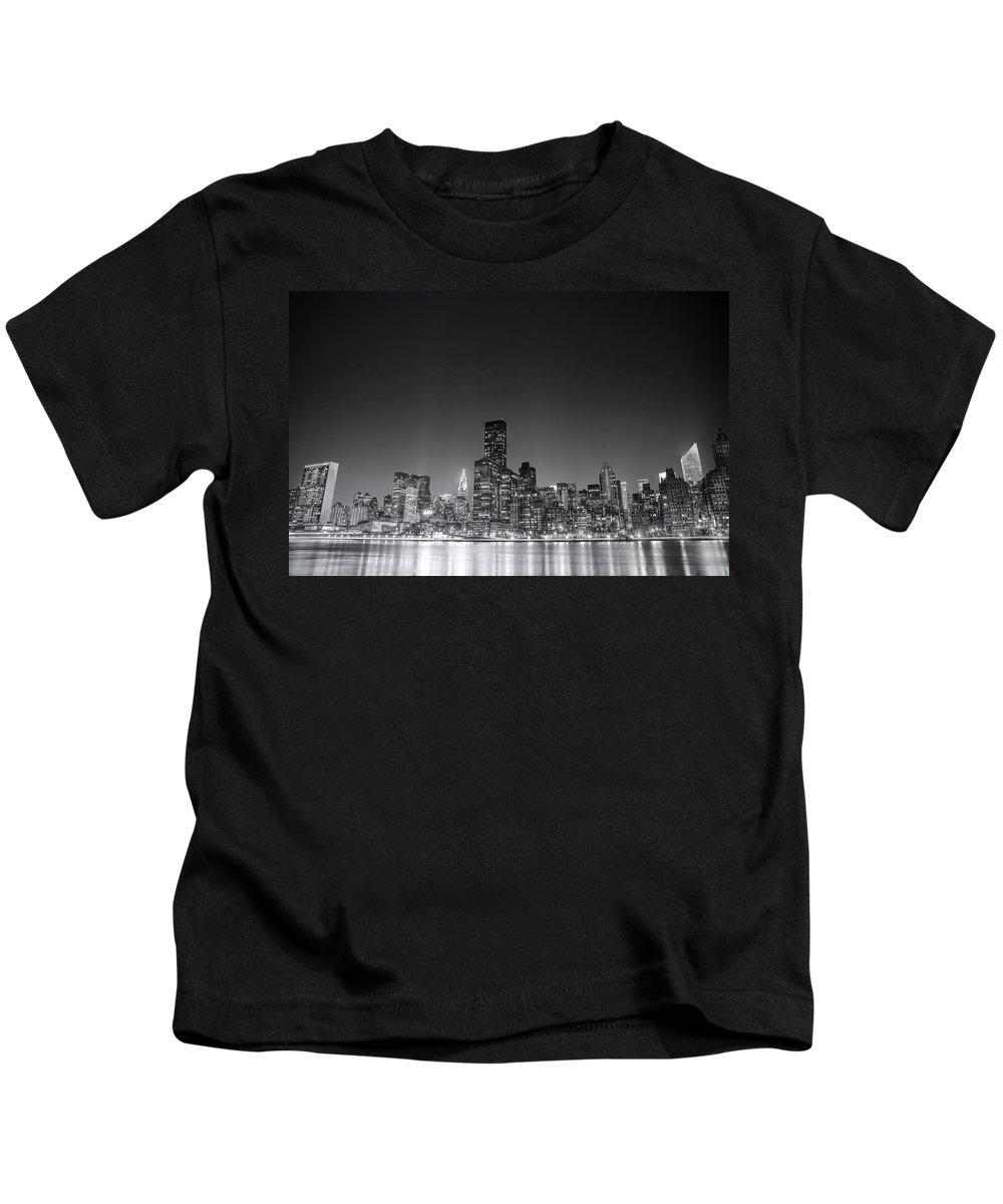 Nyc Kids T-Shirt featuring the photograph New York City by Vivienne Gucwa