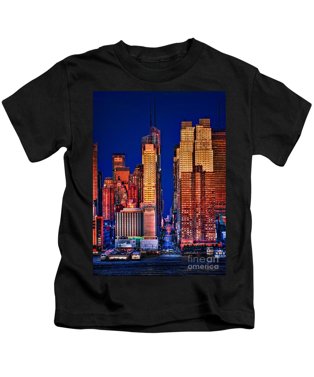 42nd Street Kids T-Shirt featuring the photograph 42nd Street by Susan Candelario