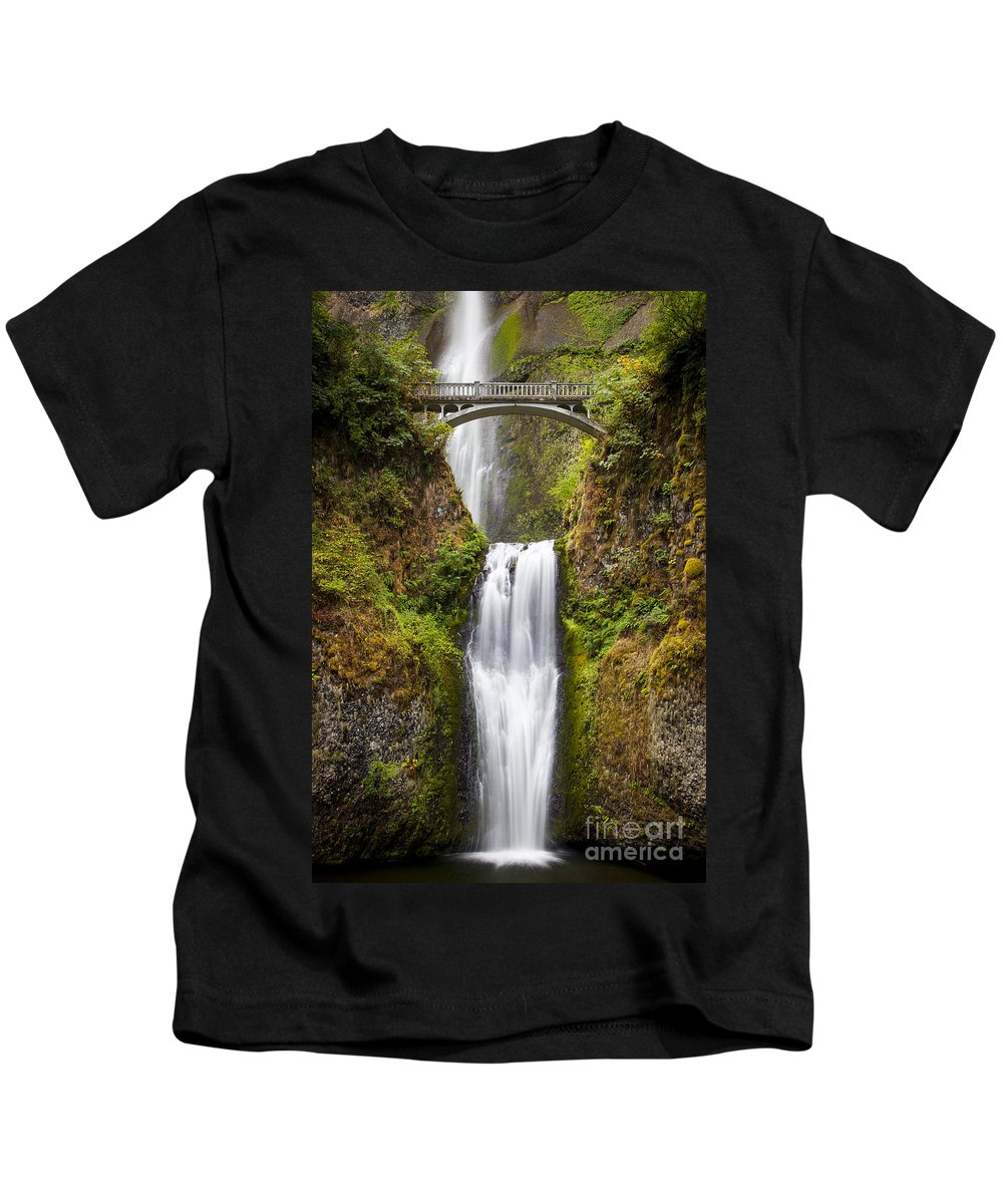 America Kids T-Shirt featuring the photograph Multnomah Falls by Brian Jannsen