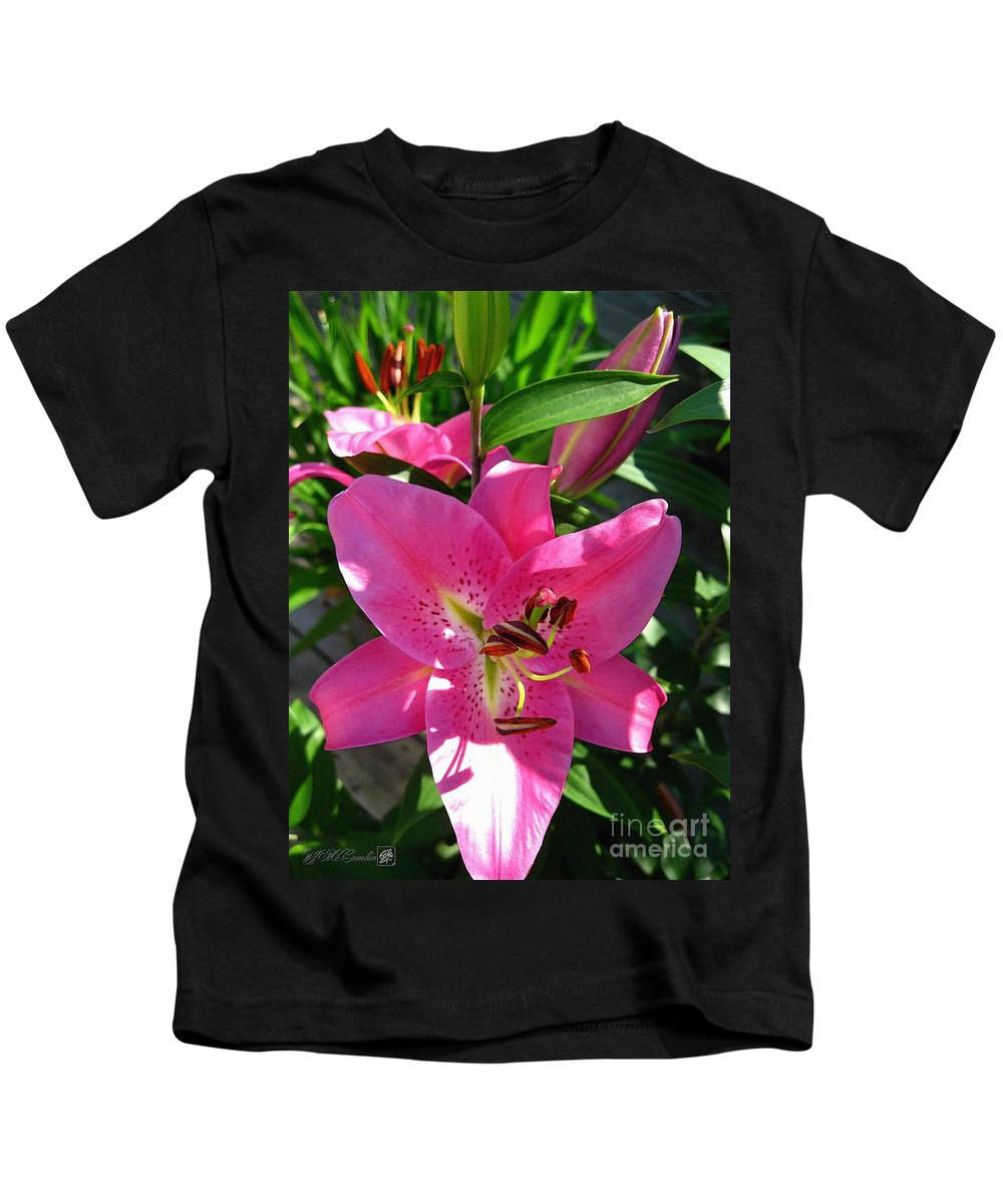 Dwarf Oriental Lily Kids T-Shirt featuring the painting Dwarf Oriental Lily Named Farolito by J McCombie