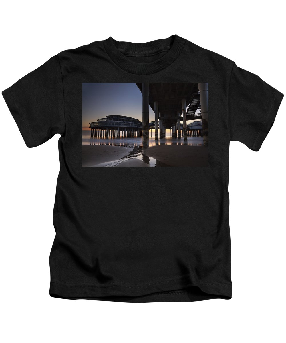 Scheveningen Kids T-Shirt featuring the photograph Scheveningen by Joana Kruse