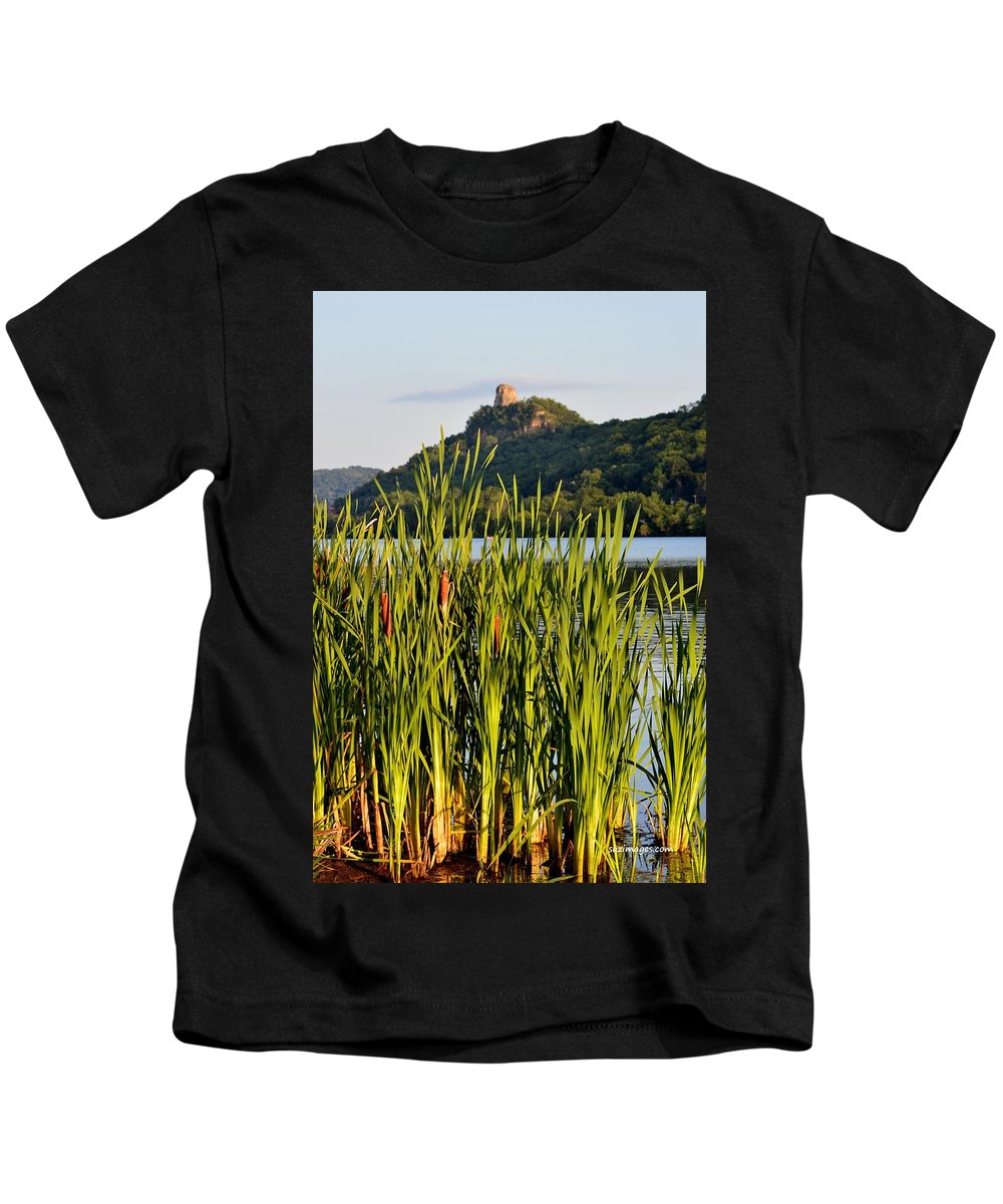 Sugarloaf Kids T-Shirt featuring the photograph Afternoon Walk by Susie Loechler