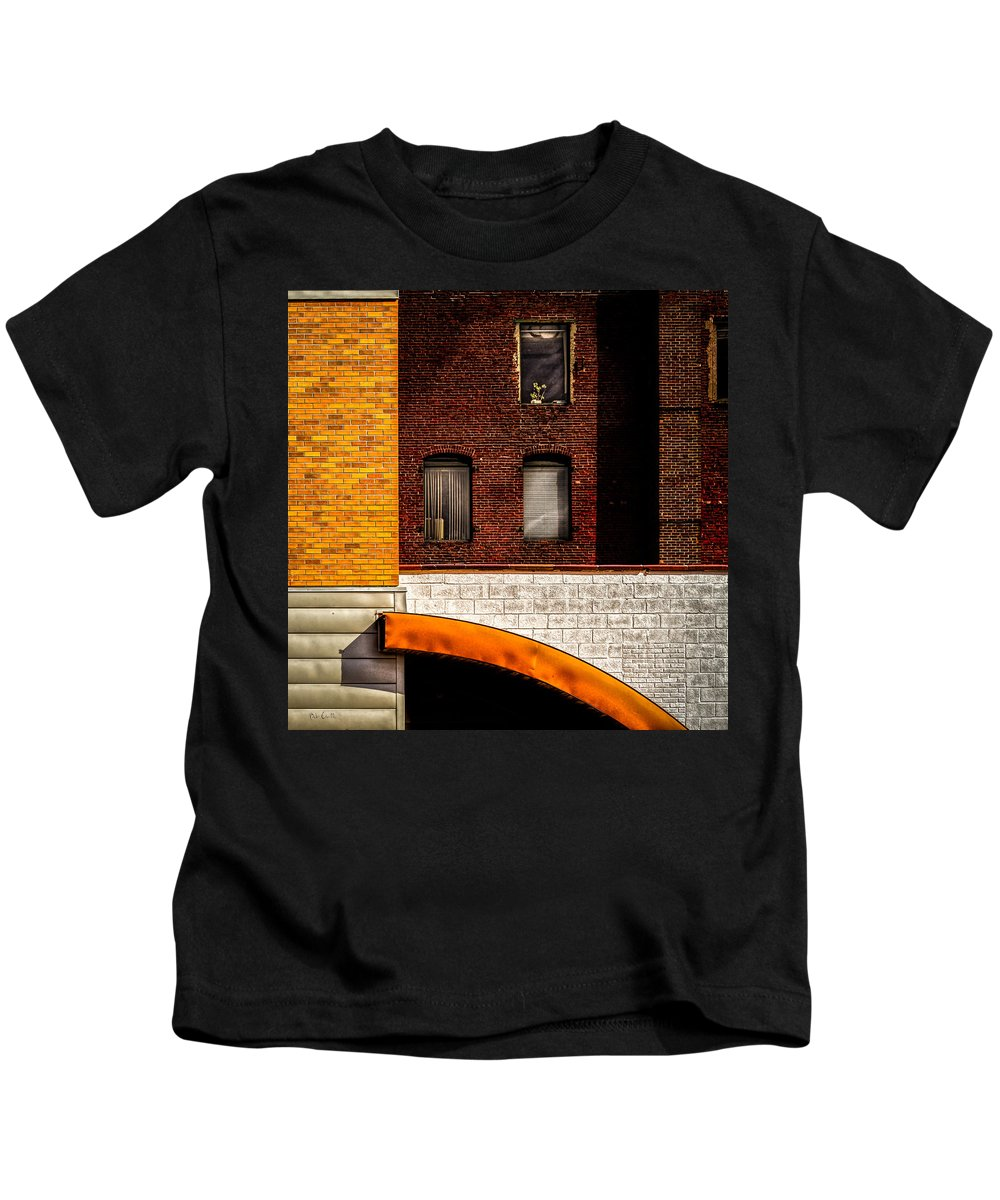 Bob Orsillo Kids T-Shirt featuring the photograph Argo Building by Bob Orsillo