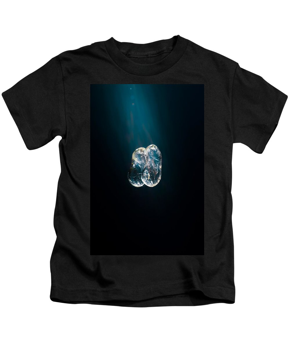 Life Kids T-Shirt featuring the photograph Descend by Mario Morales Rubi