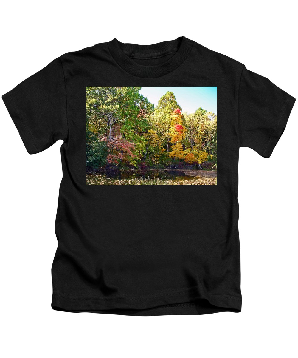 Durhand Eastman Park Kids T-Shirt featuring the photograph Autumn Beauty by Aimee L Maher ALM GALLERY