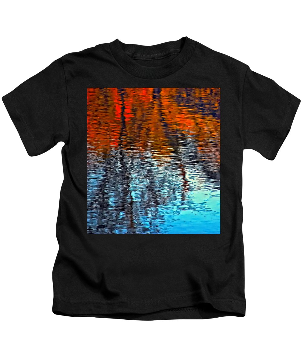 Maples Kids T-Shirt featuring the photograph Autumn Patterns by Steve Harrington
