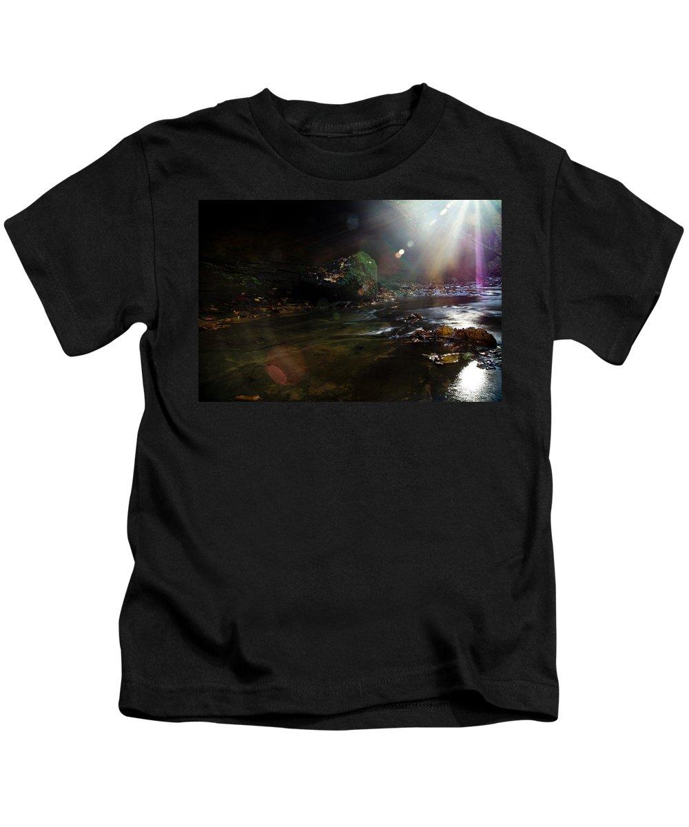 Sunburst Kids T-Shirt featuring the photograph Autumn Sunburst by Shane Holsclaw
