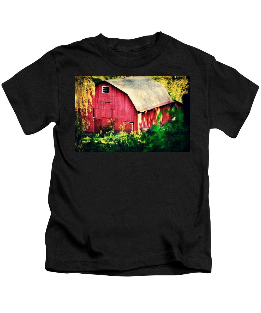 Barn Red Sunset Kids T-Shirt featuring the photograph Barn Red Sunset by Chastity Hoff