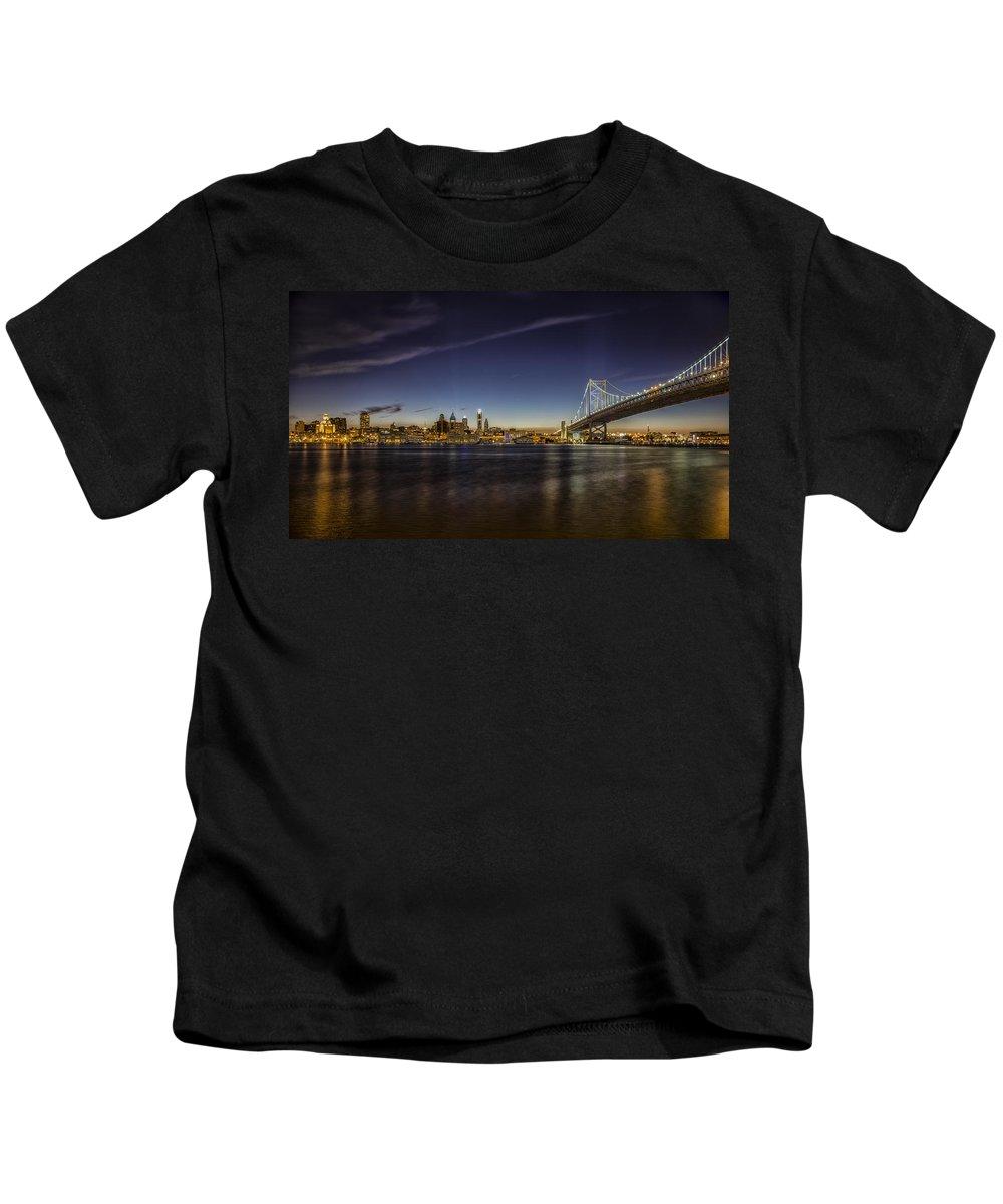 Ben Franklin Kids T-Shirt featuring the photograph Ben Franklin Bridge by Rob Dietrich