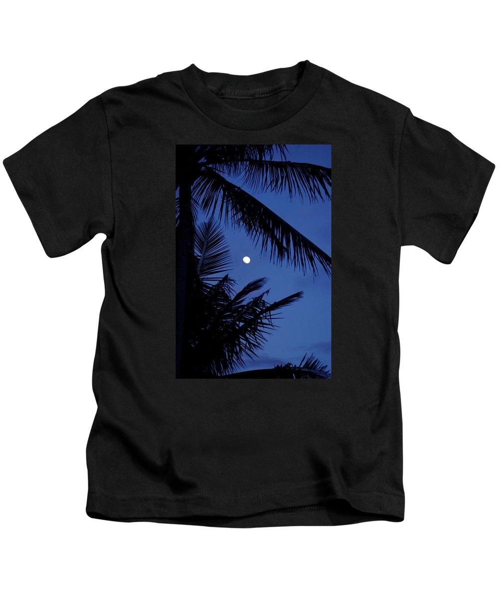 Hawaii Kids T-Shirt featuring the photograph Blue Dawn Moon by Lehua Pekelo-Stearns