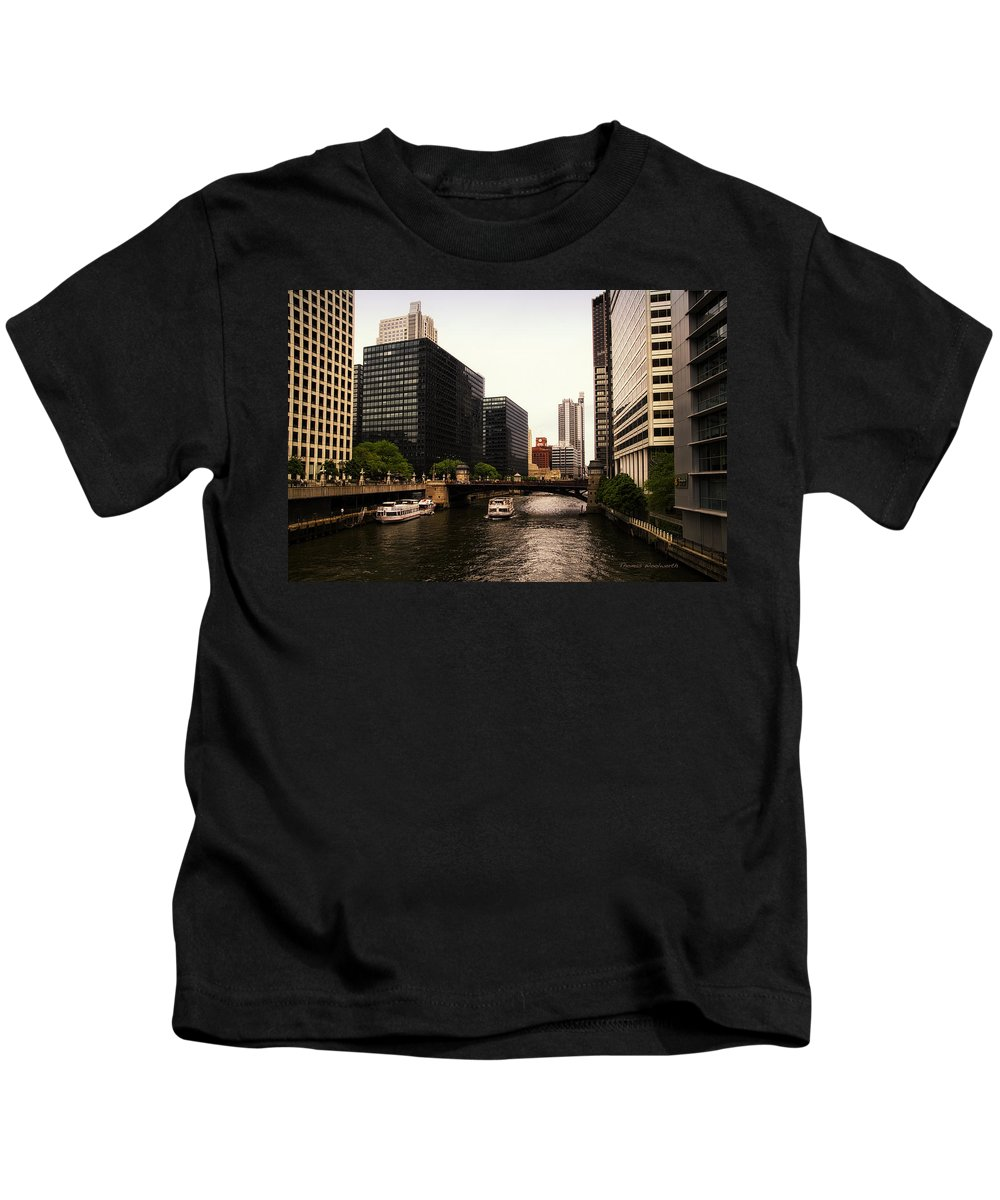 Chicago River Kids T-Shirt featuring the photograph Boat Ride On The Chicago River by Thomas Woolworth