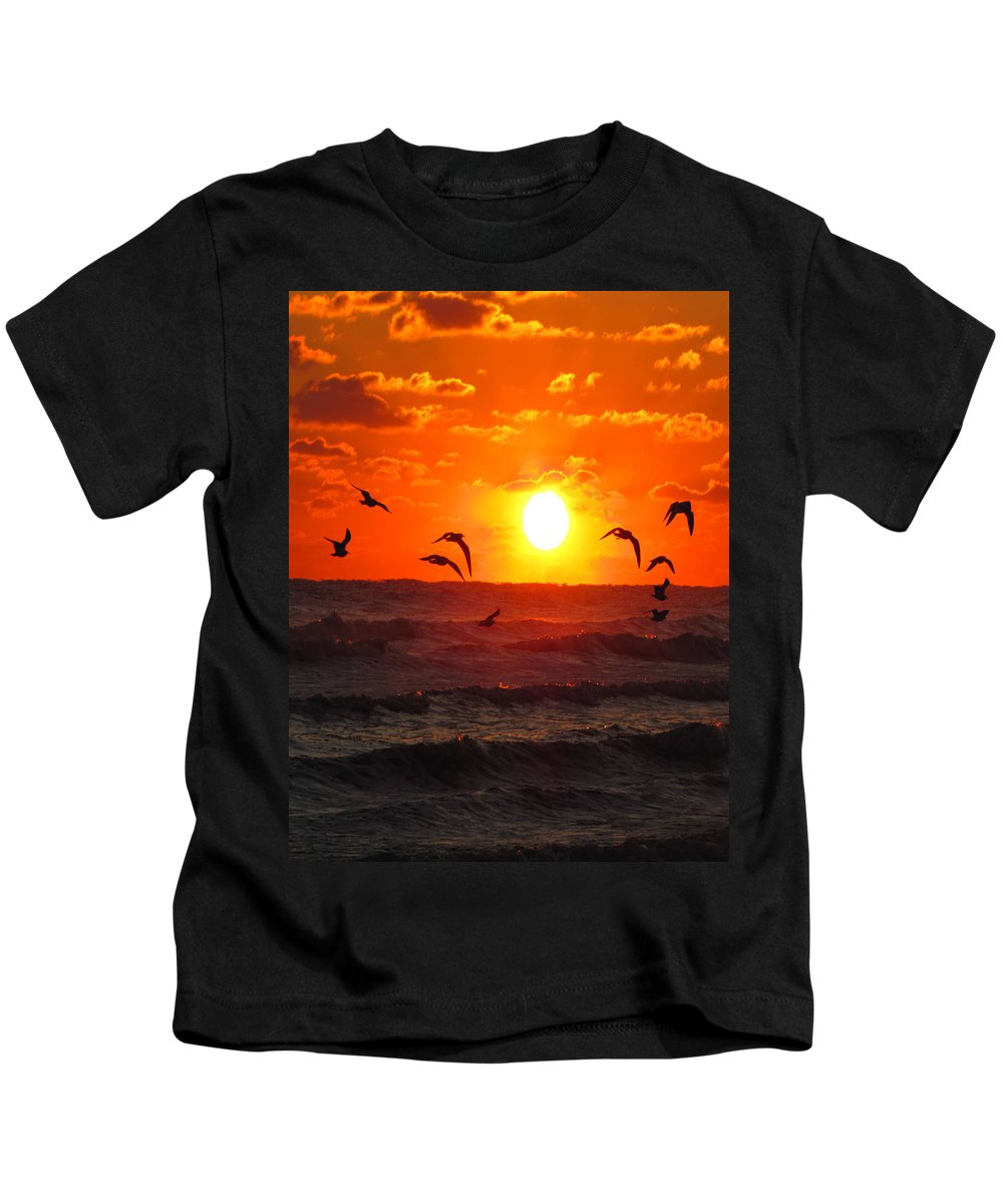 Ron Tackett Kids T-Shirt featuring the photograph Breakfast By The Seaside by Ron Tackett
