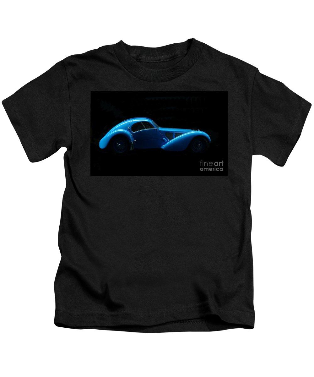 Car Art Kids T-Shirt featuring the photograph Bugatti T57sc Atlantic by Declan Leddy