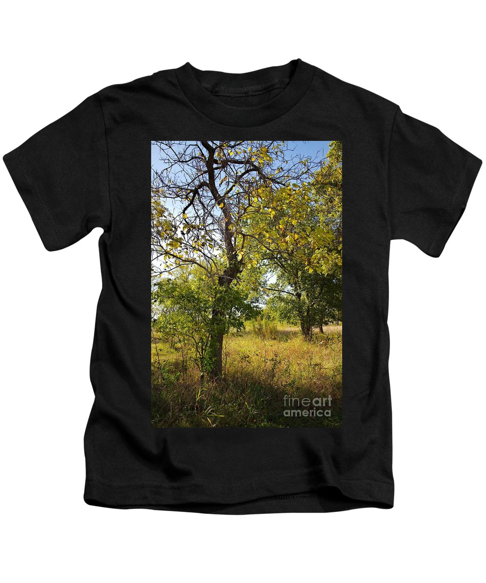 Catalpa Kids T-Shirt featuring the photograph Catalpa by Gary Richards