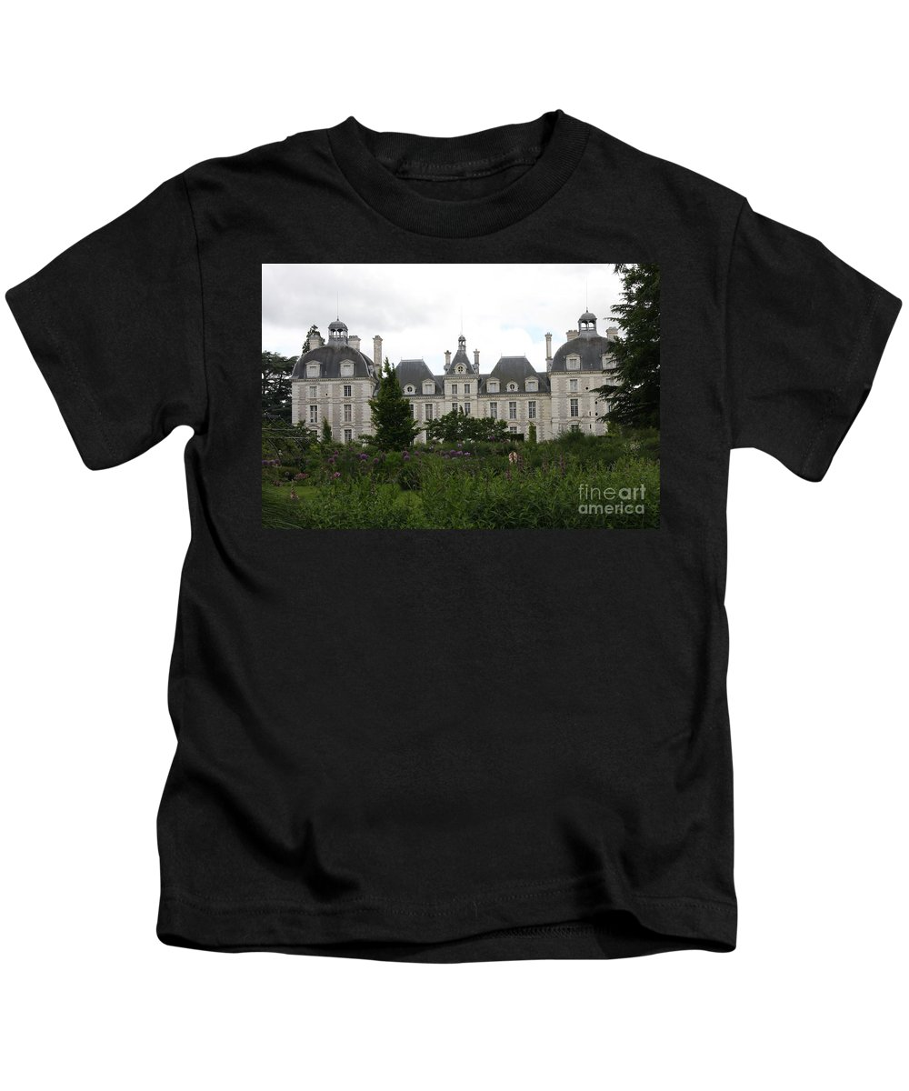Palace Kids T-Shirt featuring the photograph Chateau Cheverney by Christiane Schulze Art And Photography