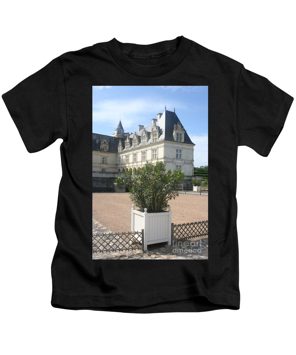 Palace Kids T-Shirt featuring the photograph Chateau Villandry View by Christiane Schulze Art And Photography