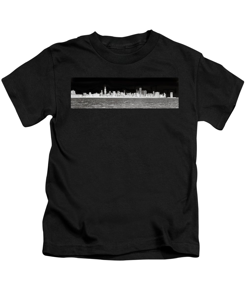 Chicago Kids T-Shirt featuring the photograph Chicago In Black And White by Patrick Warneka