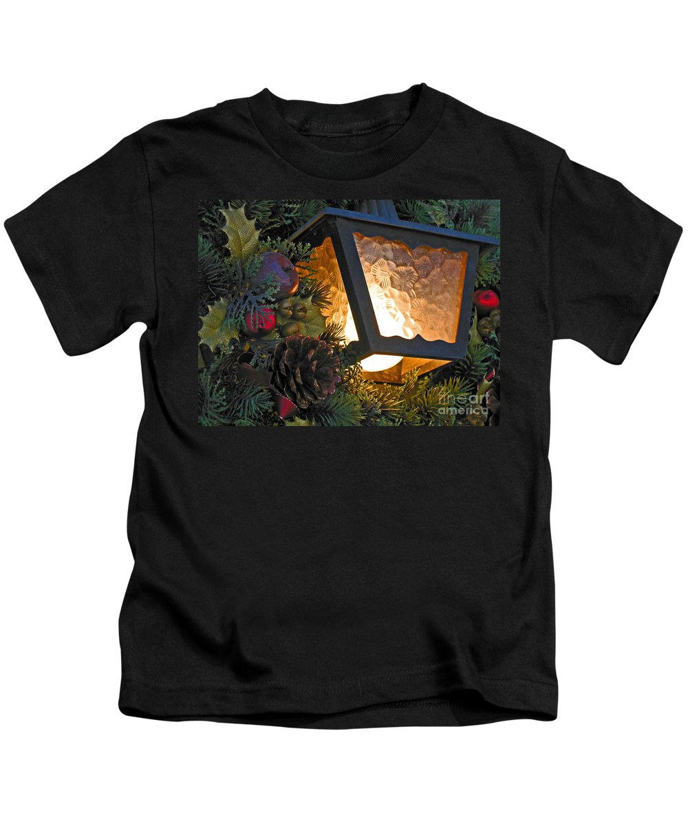 Christmas Kids T-Shirt featuring the photograph Christmas Welcome by Ann Horn