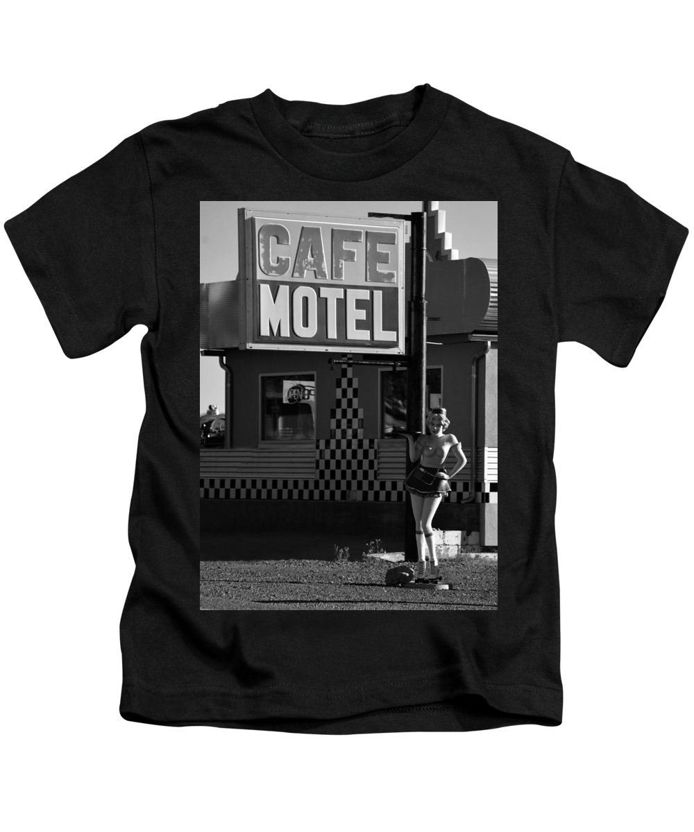 1950s Kids T-Shirt featuring the photograph Classic 50s Motel Cafe by David Lee Thompson