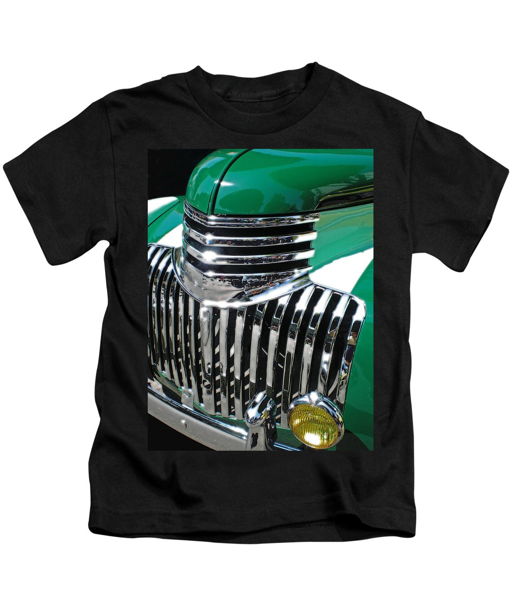 Classic Cars Kids T-Shirt featuring the photograph Classic Green by Guillermo Rodriguez