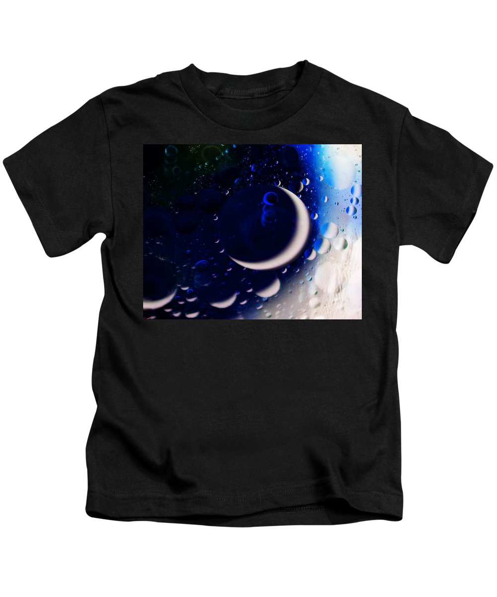 Oil And Water Kids T-Shirt featuring the photograph Crescent Moon by Anita Braconnier