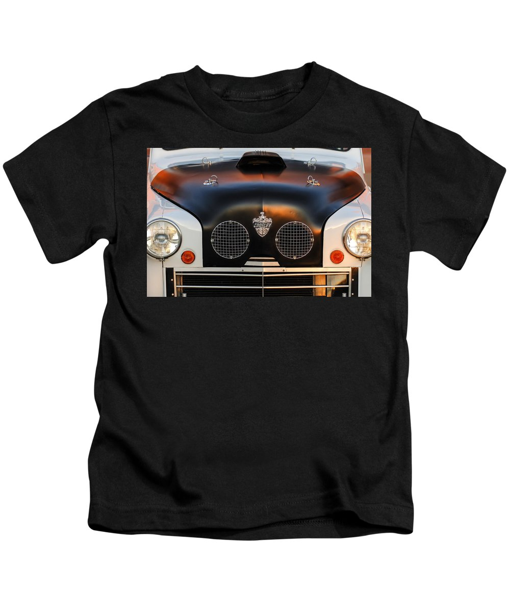 Crosley Grille Kids T-Shirt featuring the photograph Crosley Front End by Jill Reger