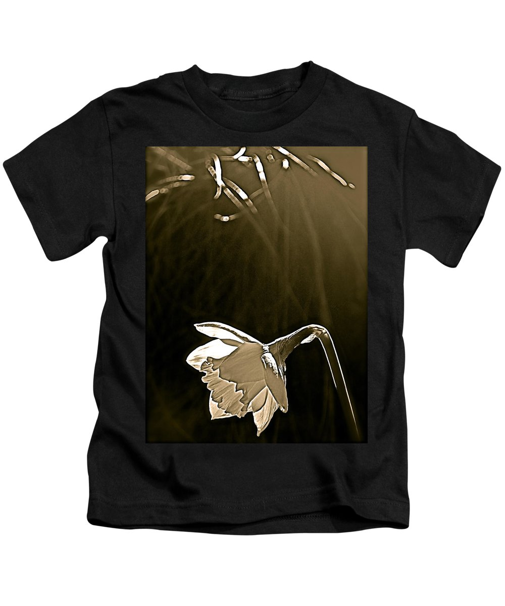 Flower Kids T-Shirt featuring the photograph Daffodils 2 by Pamela Cooper