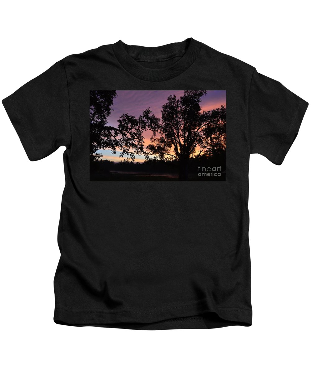 Sunrise Kids T-Shirt featuring the photograph Dancers by Thomas Phillips
